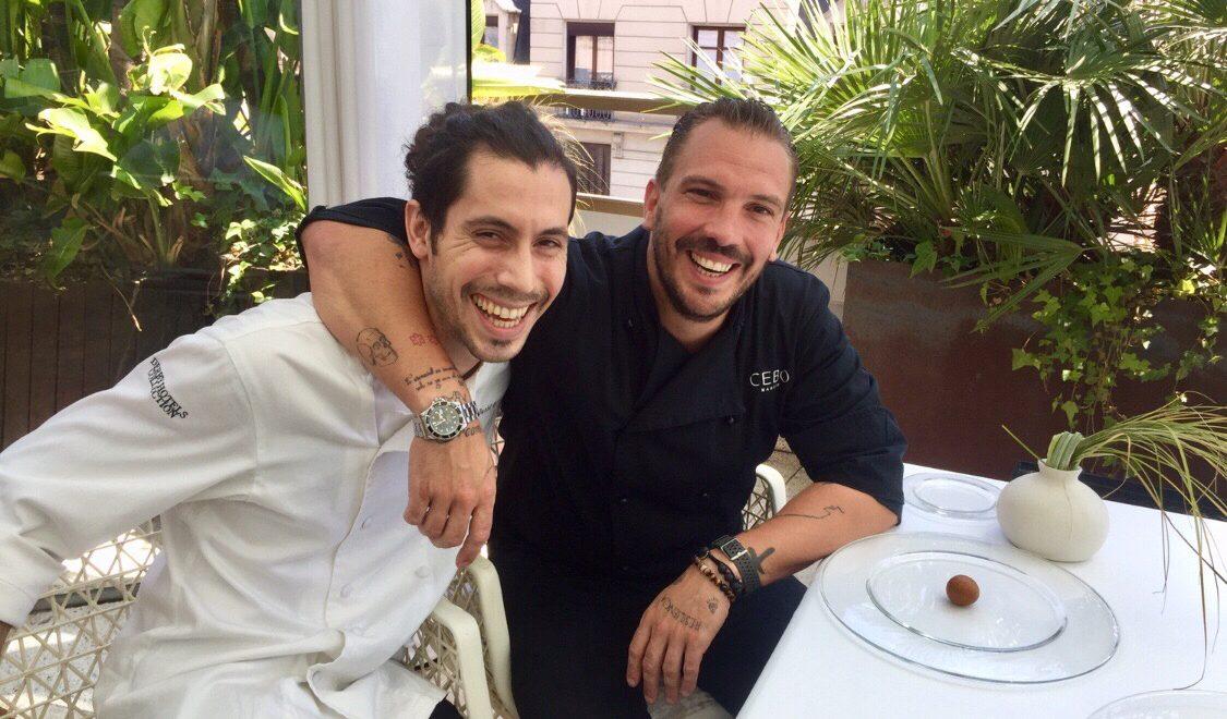 El original menú de Aurelio Morales en la terraza del hotel Claris